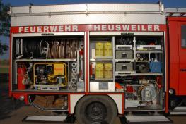 Löschfahrzeug LF 16/16 - Beifahrer - LB1 - 1/43